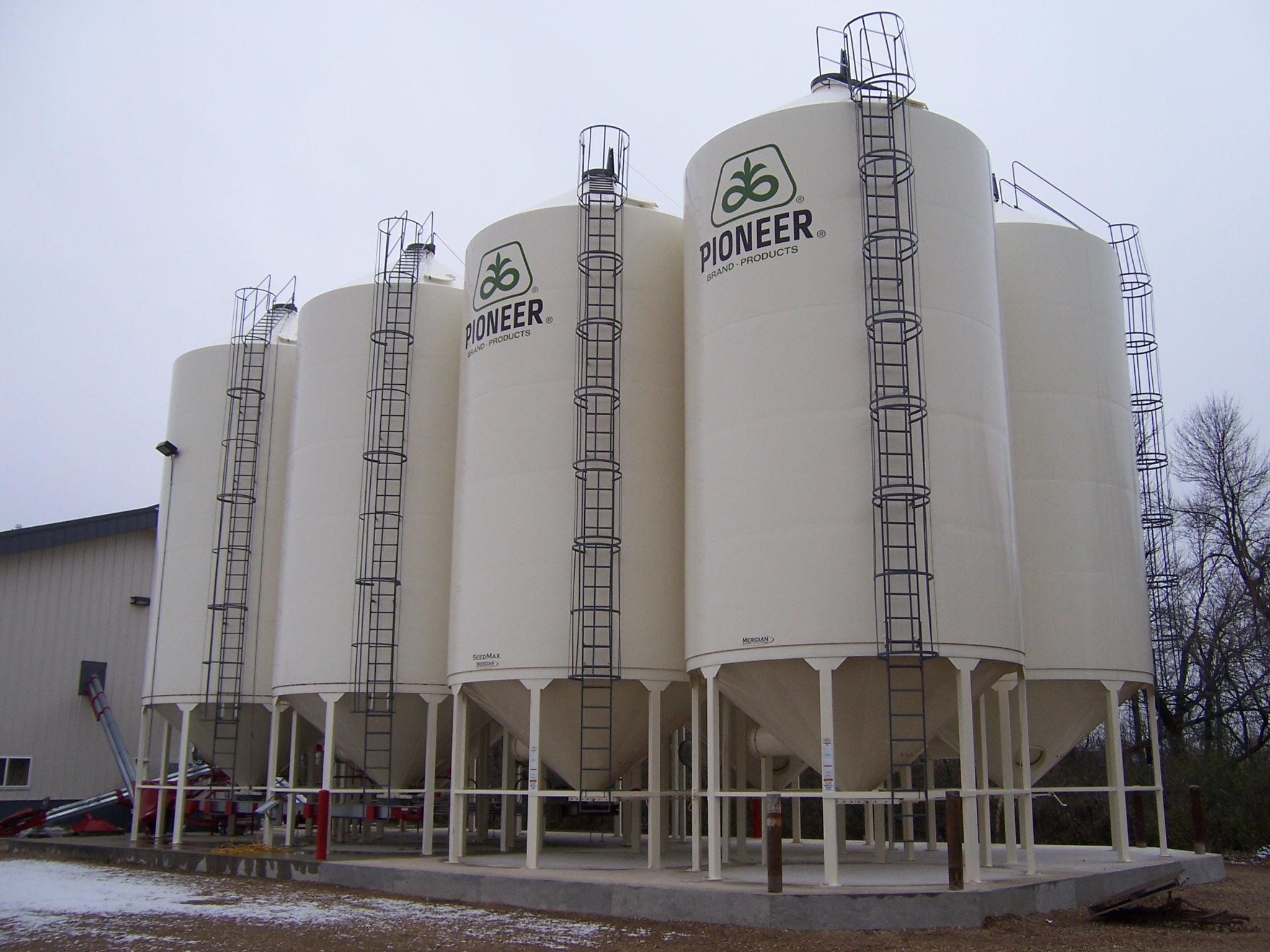2010-11-12-Wheaton-Bin-Align-001